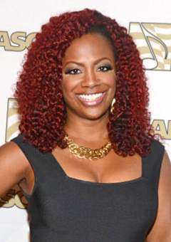 kandi burruss burgundy hair color