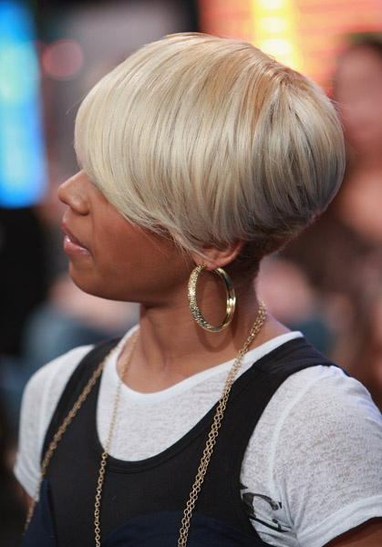 Keyshia Cole Short haircut and hair color