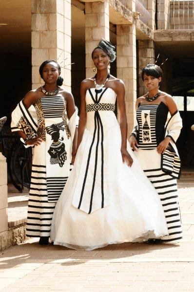 Xhosa Traditional Wedding Dresses in South Africa Pictures
