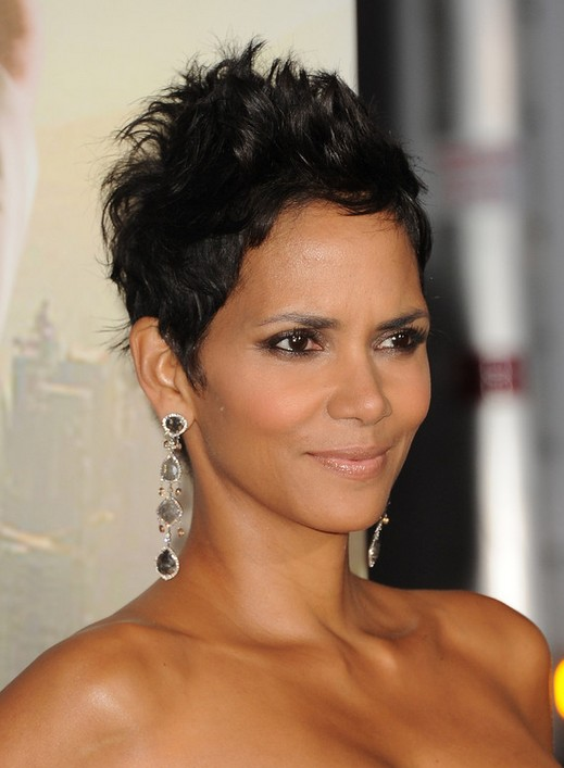 Razor Cut Pixie Hairstyles For Black Women With Oval Faces